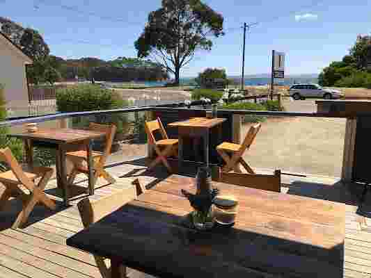 Penguin and Pardalote cafe