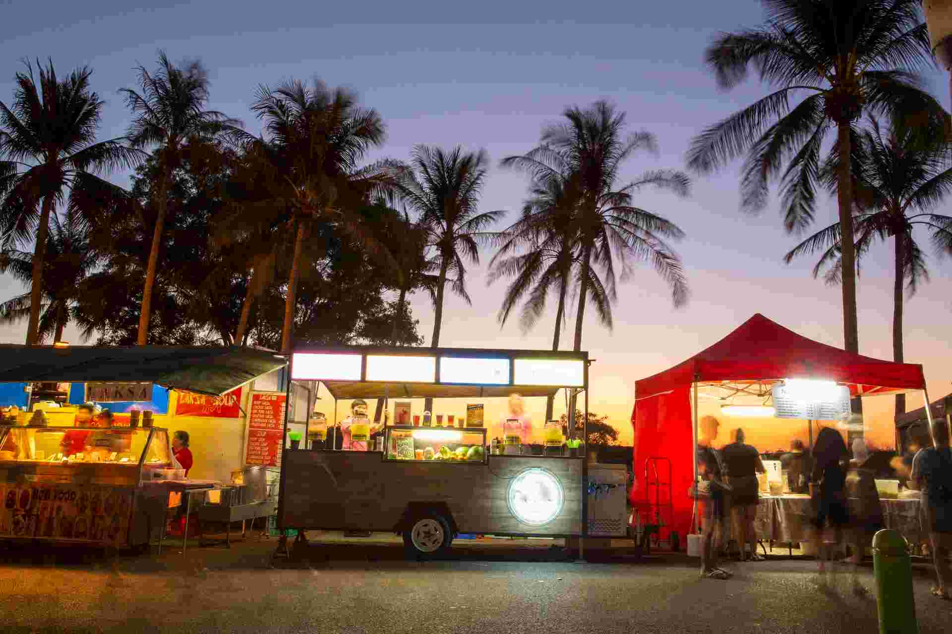 Mindil Beach Sunset Market (Apr to Oct)
