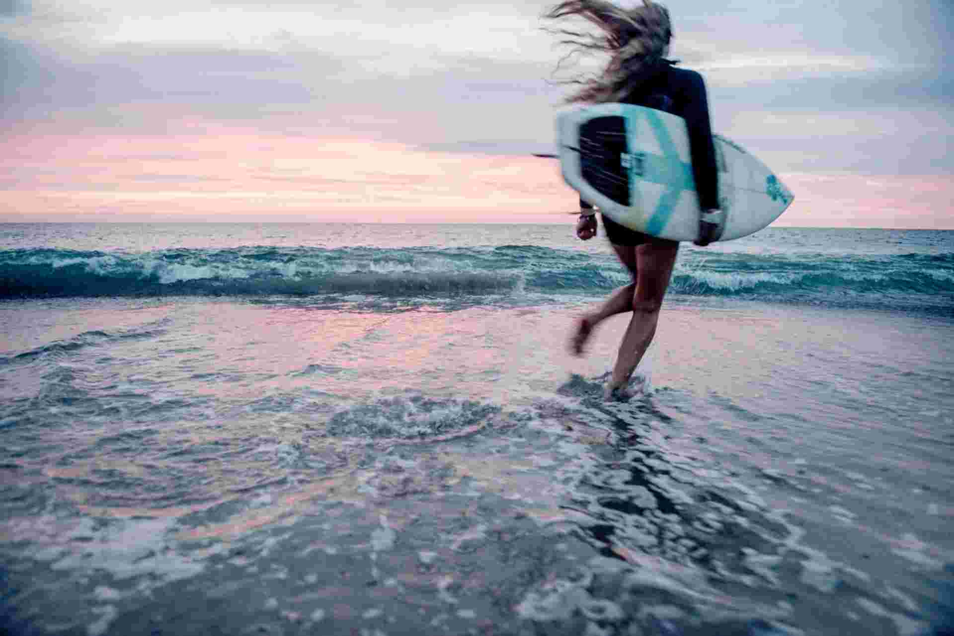 Klitmøller Cold Hawaii Surfing