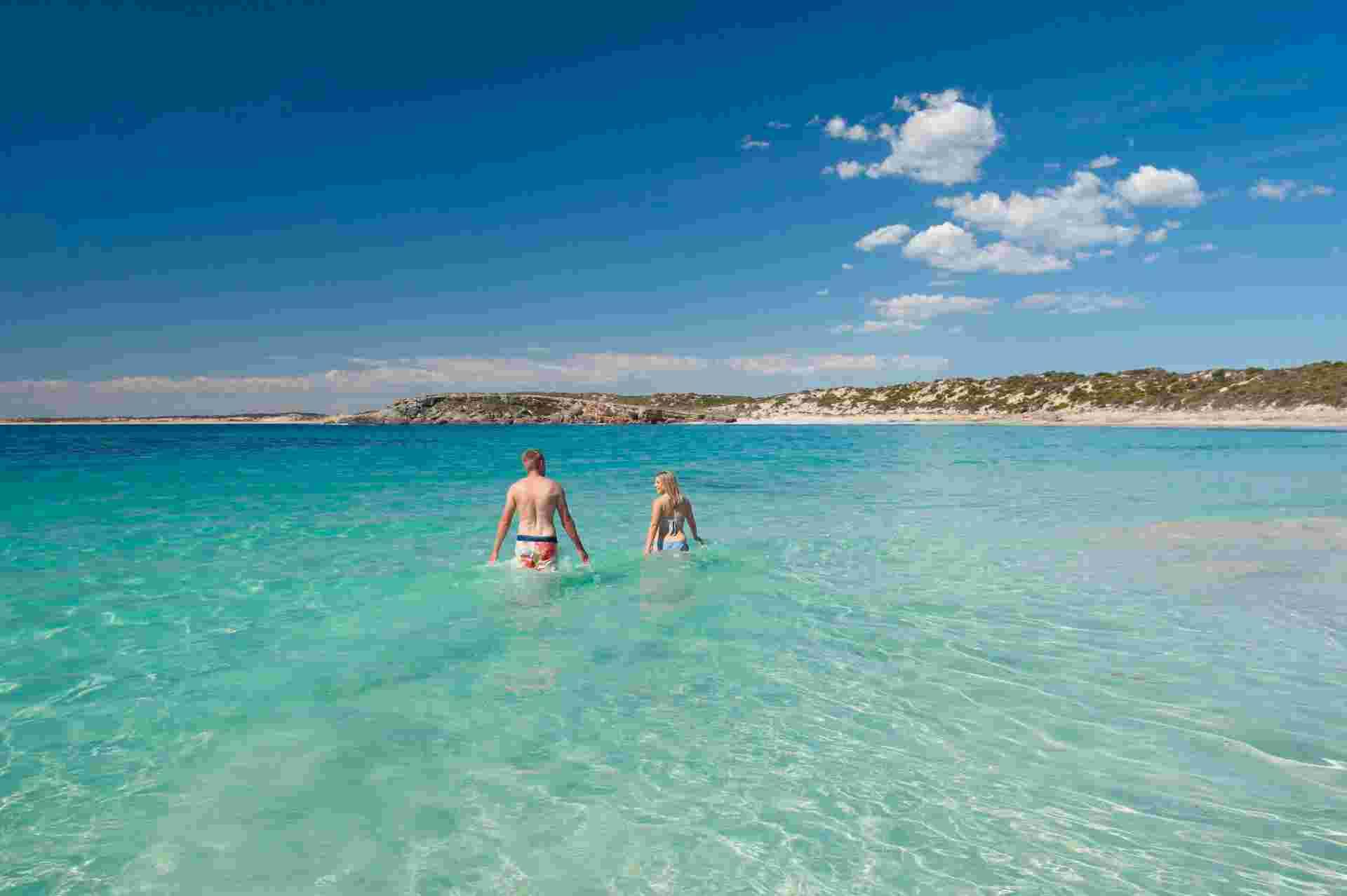 Dolphin Beach, Innes National Park