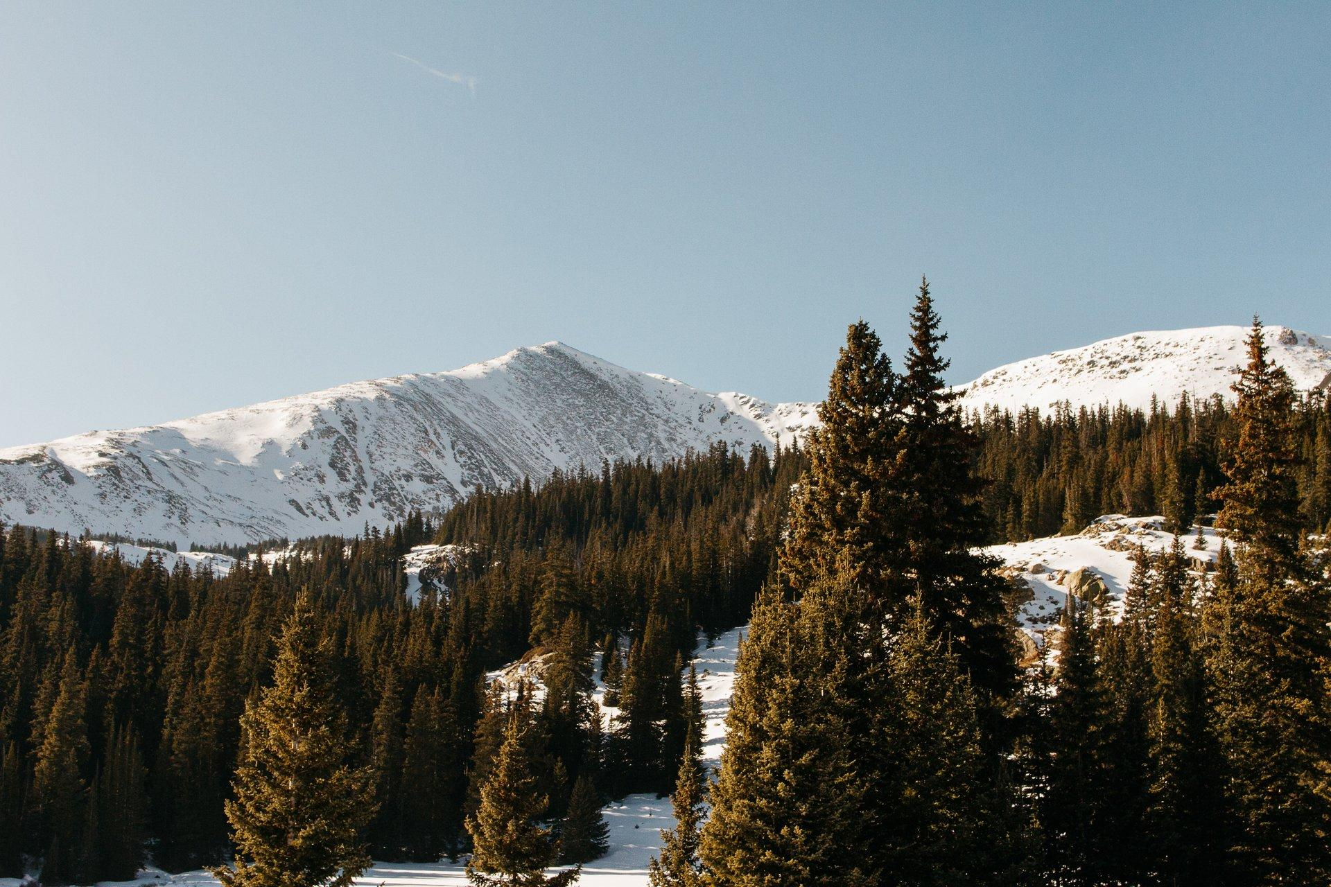 Planning an Unforgettable Weekend Road Trip Along Colorado's I-70 Highway Thumbnail