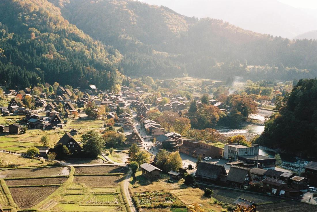 A beginner's guide to Shirakawago Thumbnail