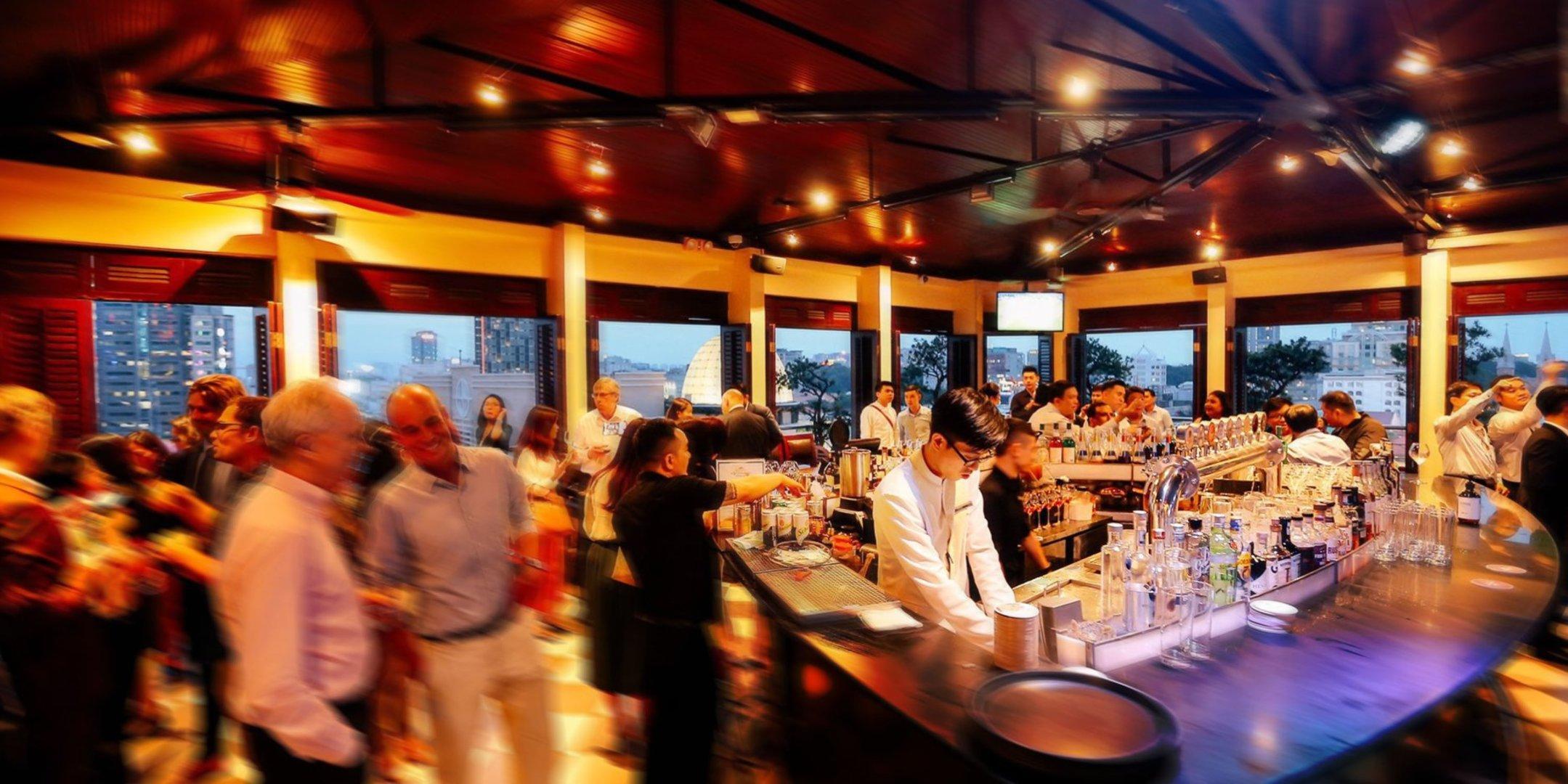 Top 5 Cool Bars in Saigon Thumbnail