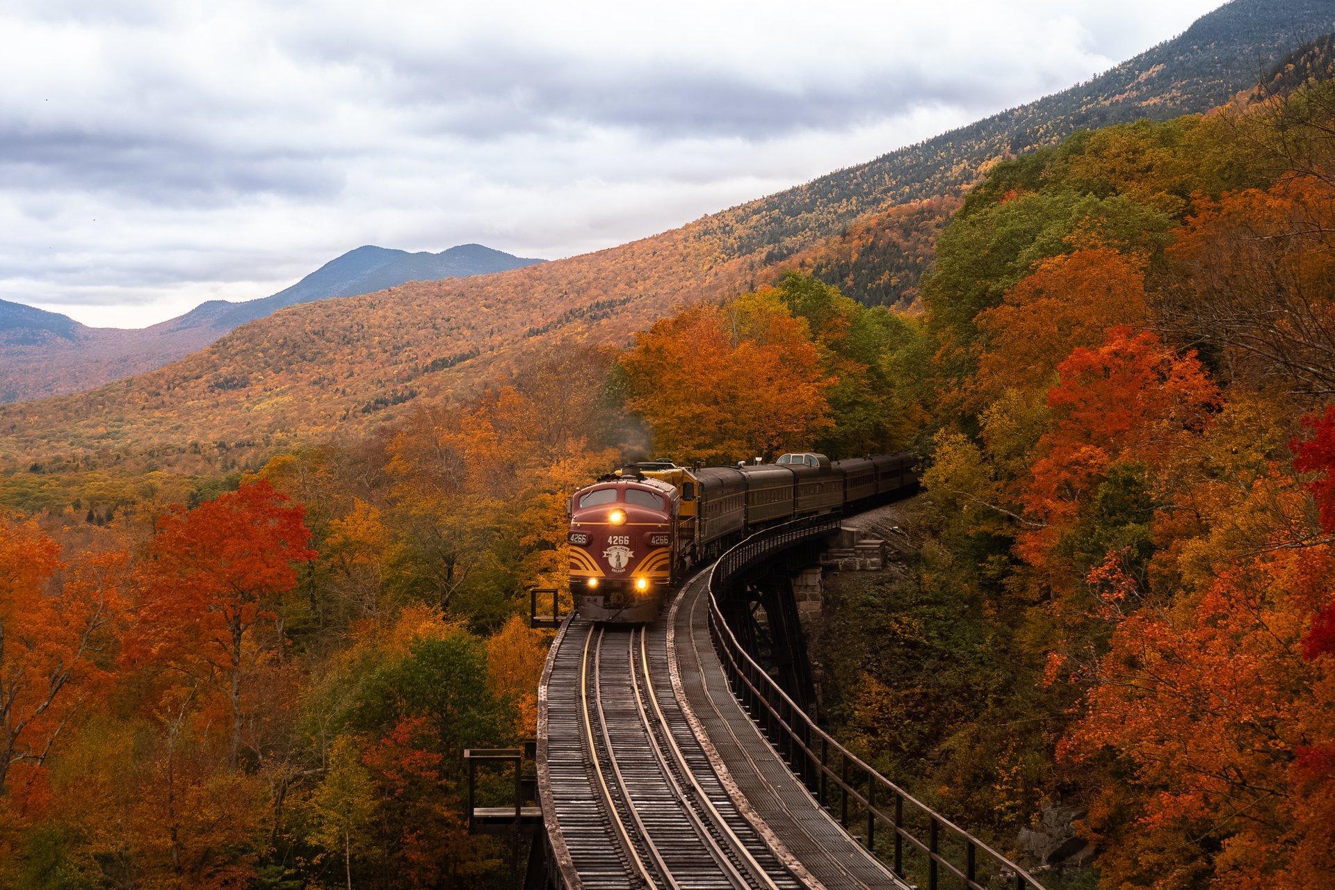 Fall Foliage in New England road trip itinerary Thumbnail