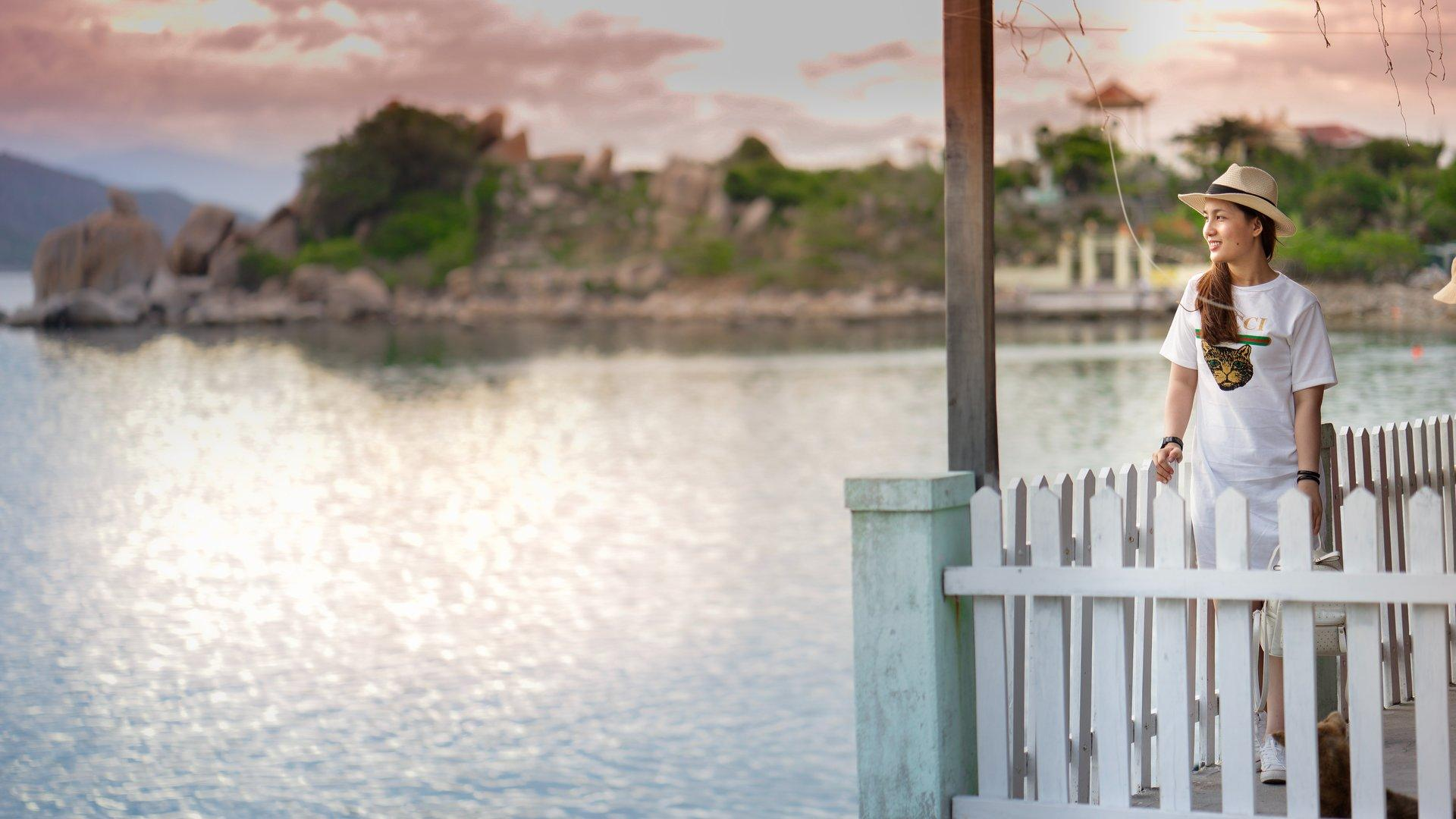 Bình Hưng Island